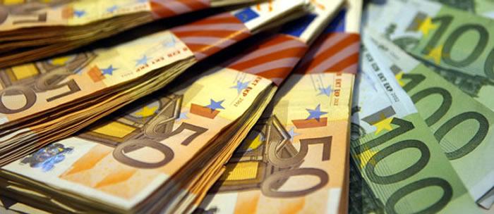 Avoir beaucoup d'argent rapidement et devenir riche