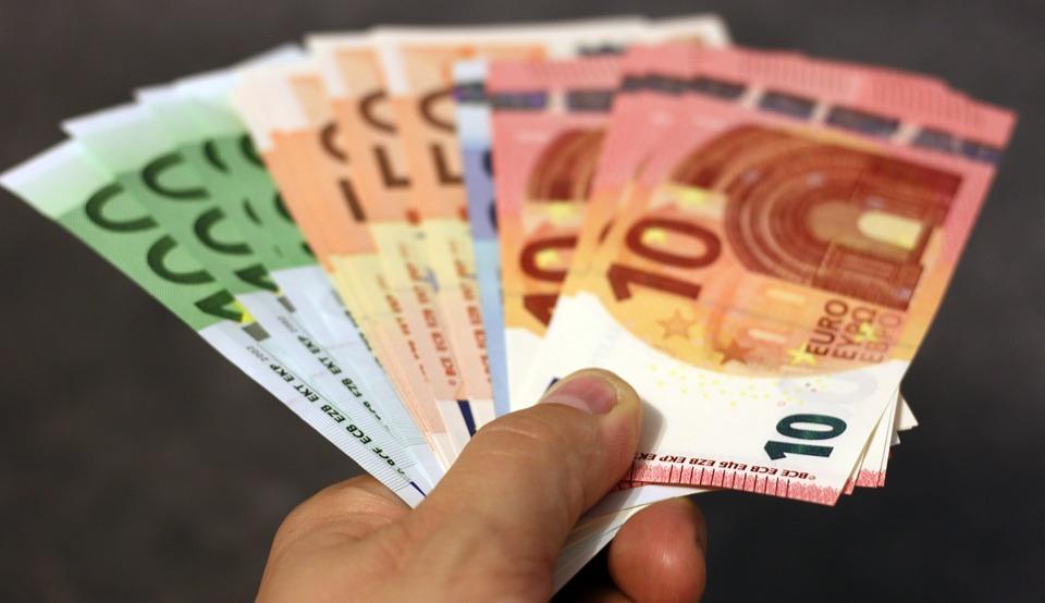 Tarot argent gratuit en ligne avec interprétation d'une voyante