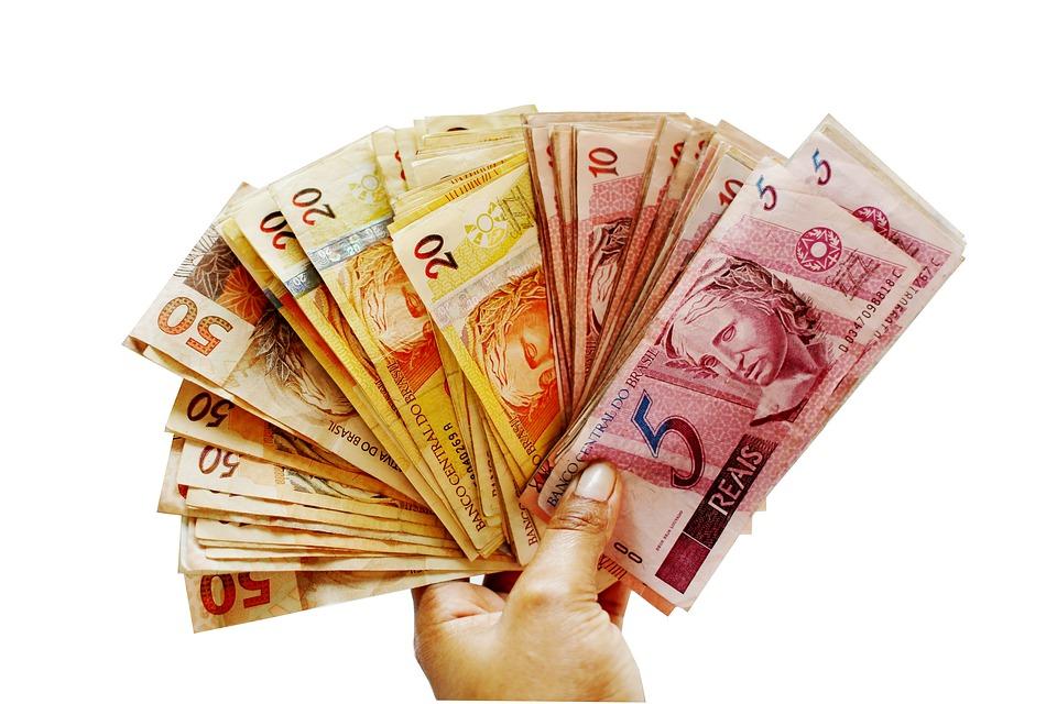 Tirage finance direct par tchat avec un médium compétent