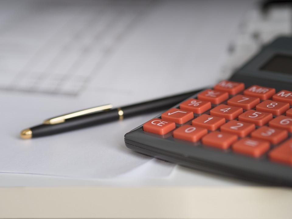 Tirage tarot finances gratuit avec un tarologue en ligne