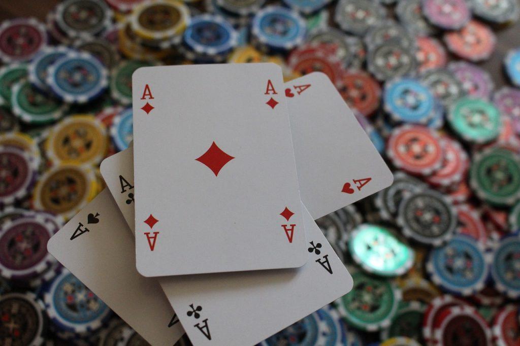 Tarot jeux tirage par tchat
